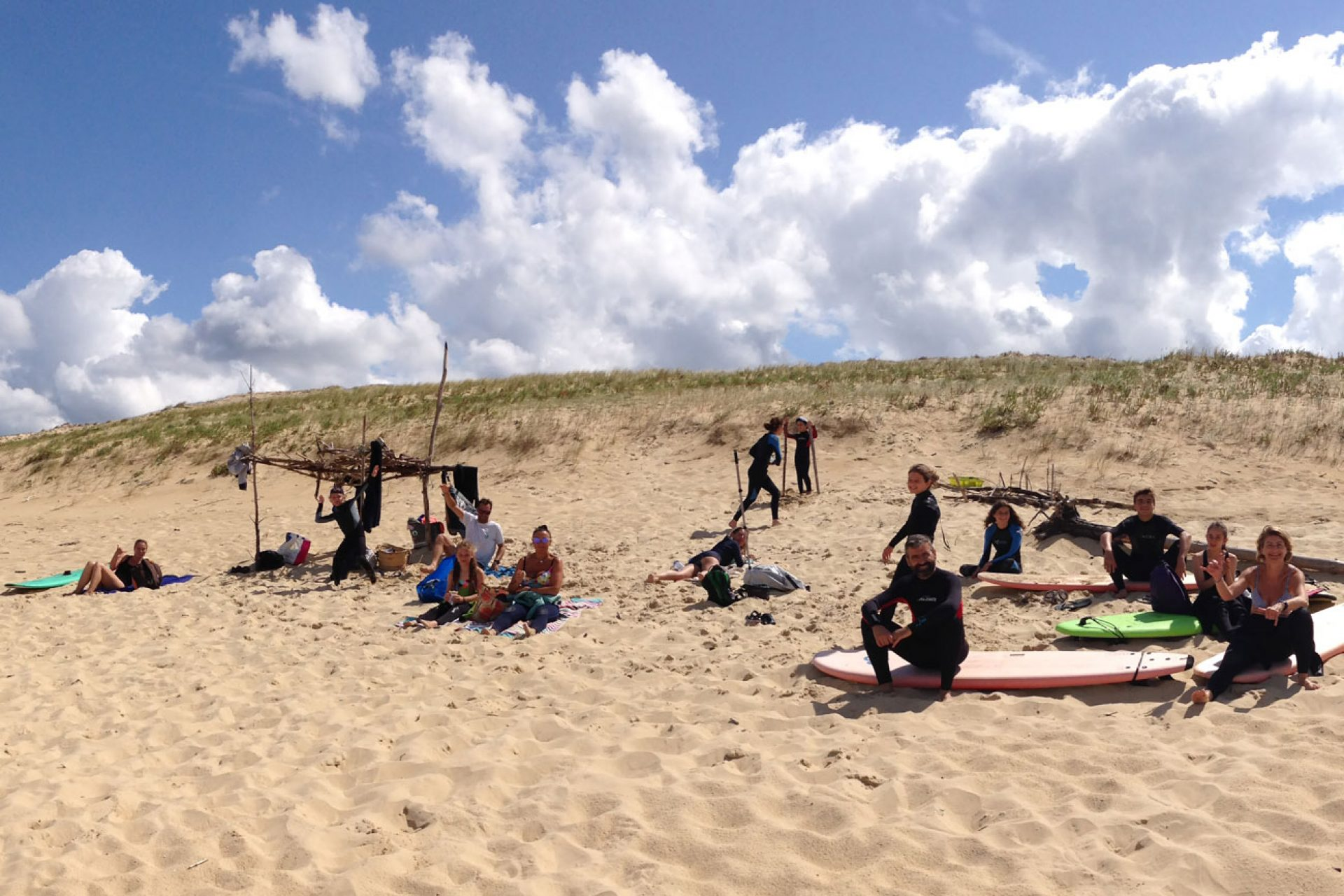 surf-camp-improvise-plage-centrale-messanges