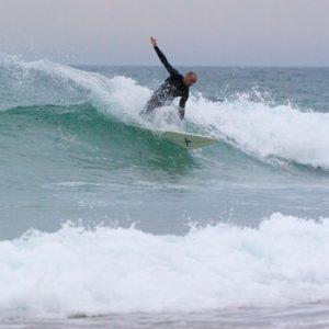 demonstration-de-pacome-prof-de-surf-du-nature-surfcamp