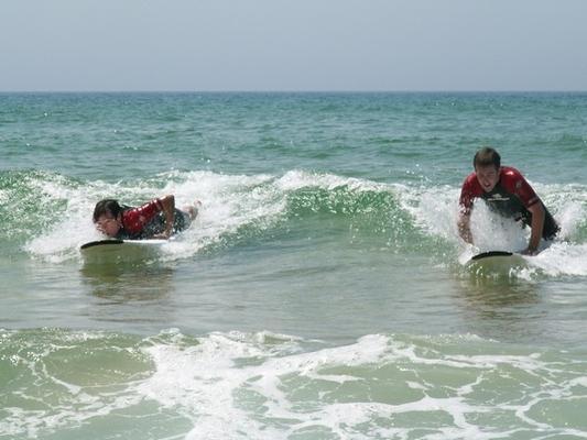 la-difficulte-au-debut-de-se-mettre-debout-en-surf