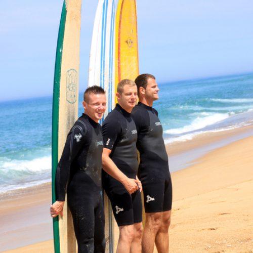 photo-de-3-pots-souvenir-de-leur-passage-au-nature-surf-camp