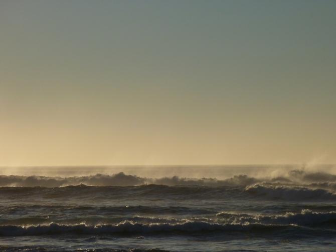 plage-de-messanges-des-vagues-aussi