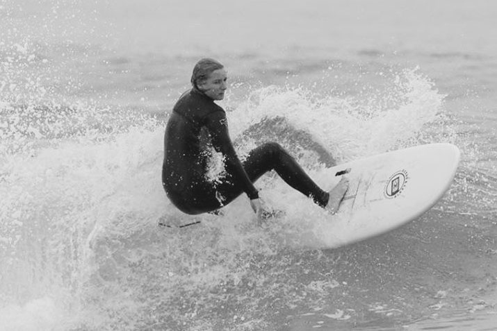 jeromine-prof-de-surf-camp-messanges-