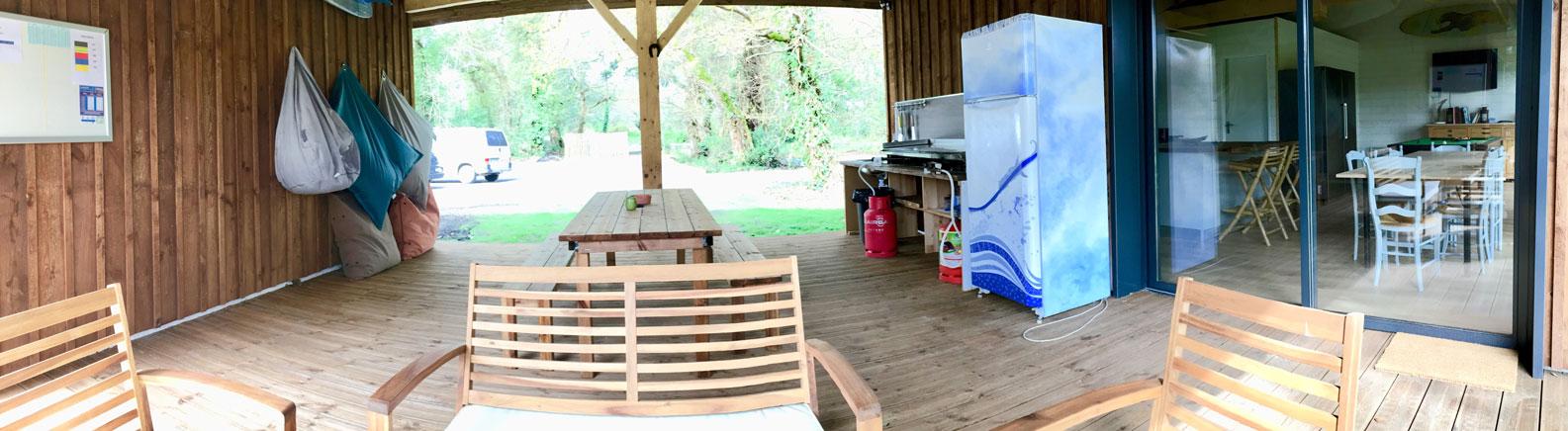 panoramique-terasse-cuisine-exterieur-nature-surf-camp
